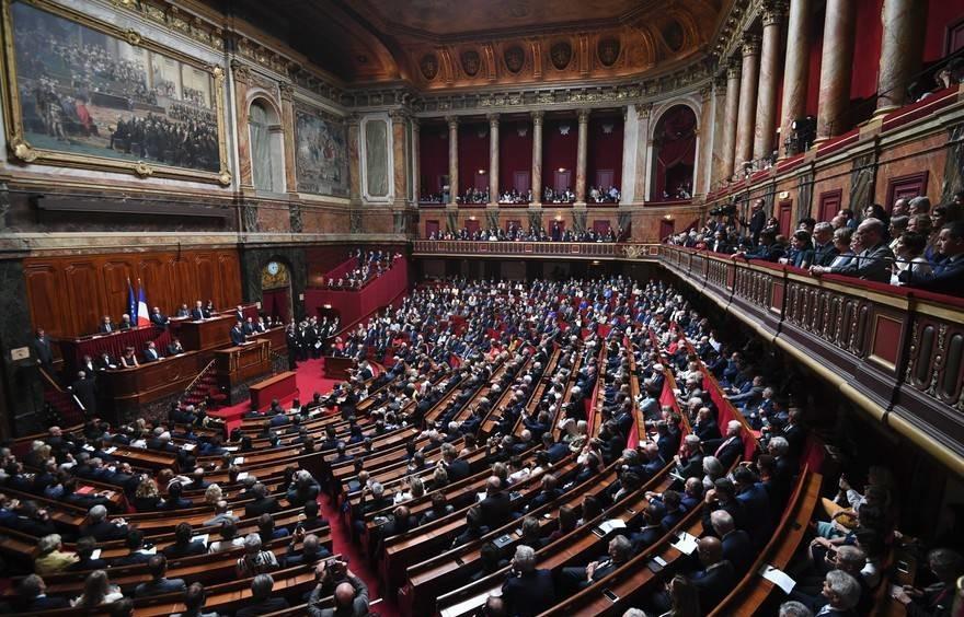 Congrès de Versailles: le Président adresse un message à tous les Français